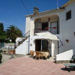 Confortable maison avec piscine et jardin HUGT-005952